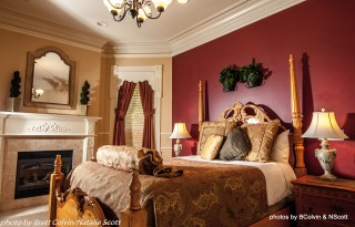 Find True Bliss And Enjoy The Romance Filled Air That Only A European Honeymoon Can Bring Airy Windows Give This Room Light Romantic Feel For